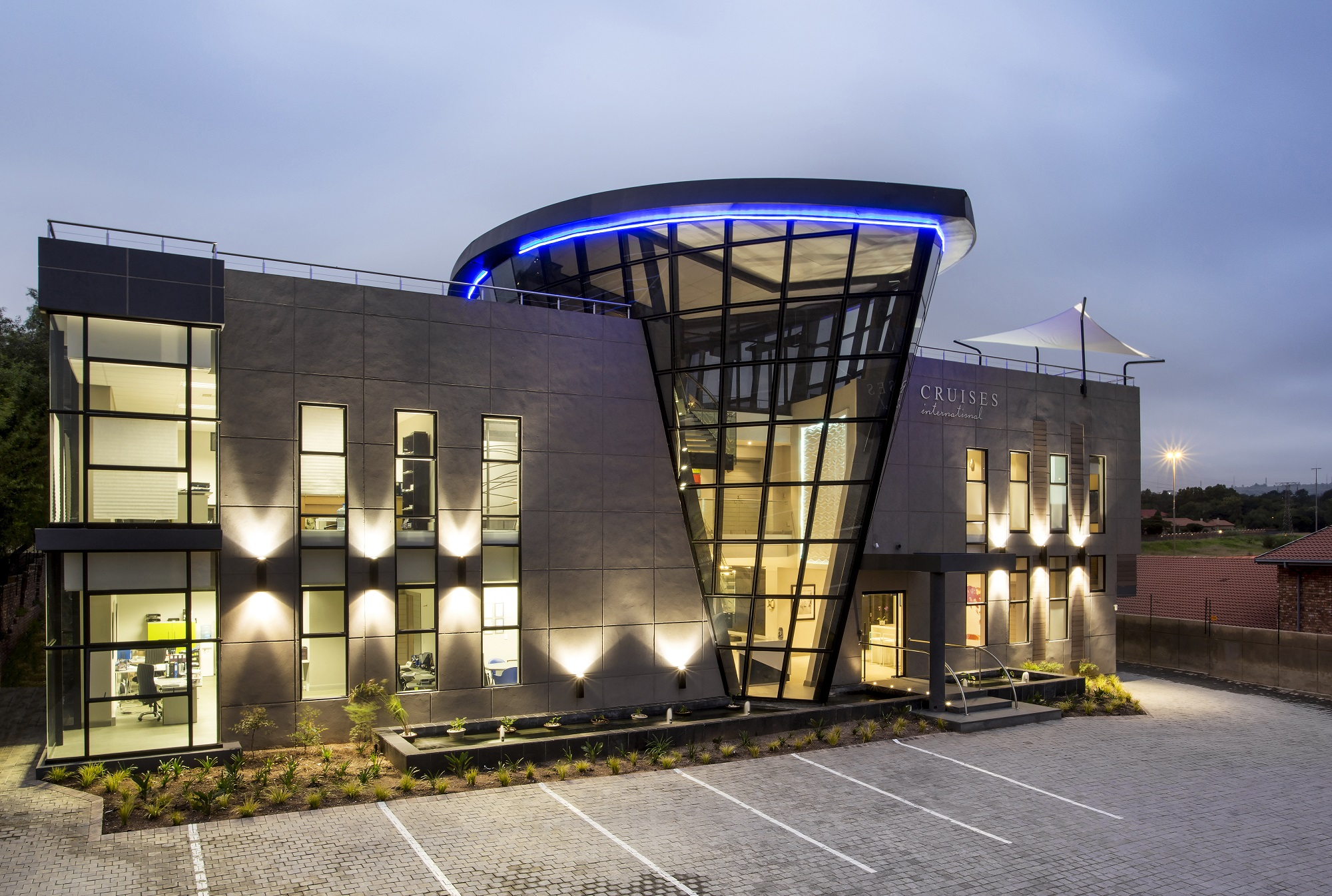 CRUISES INTERNATIONAL. Commercial Architecture