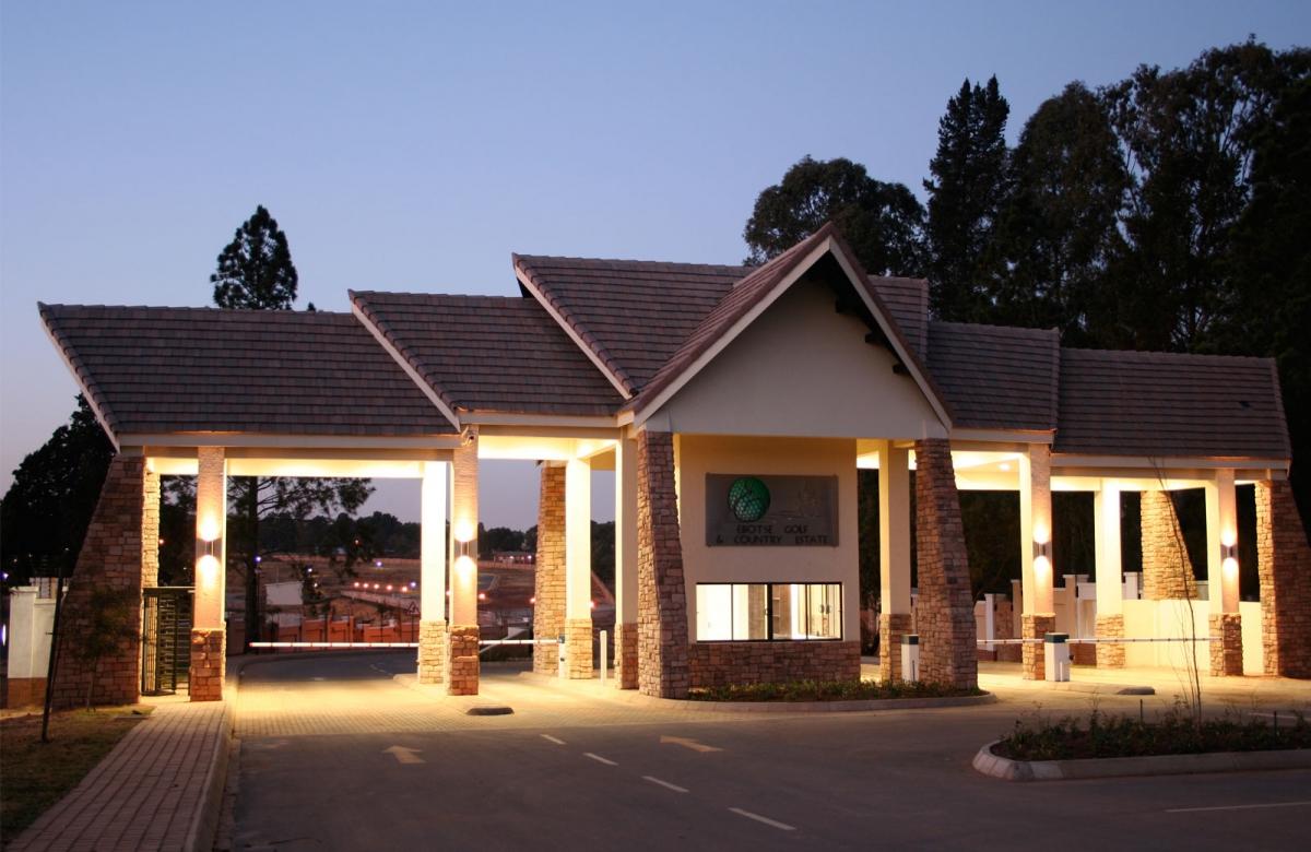 Ebotse | Commercial Architecture